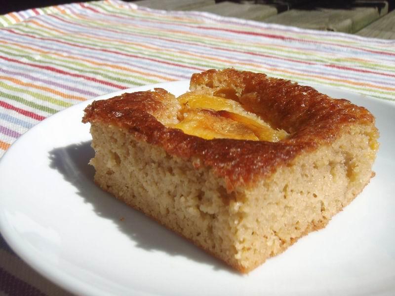 -Abrikozentaart met verse abrikozen