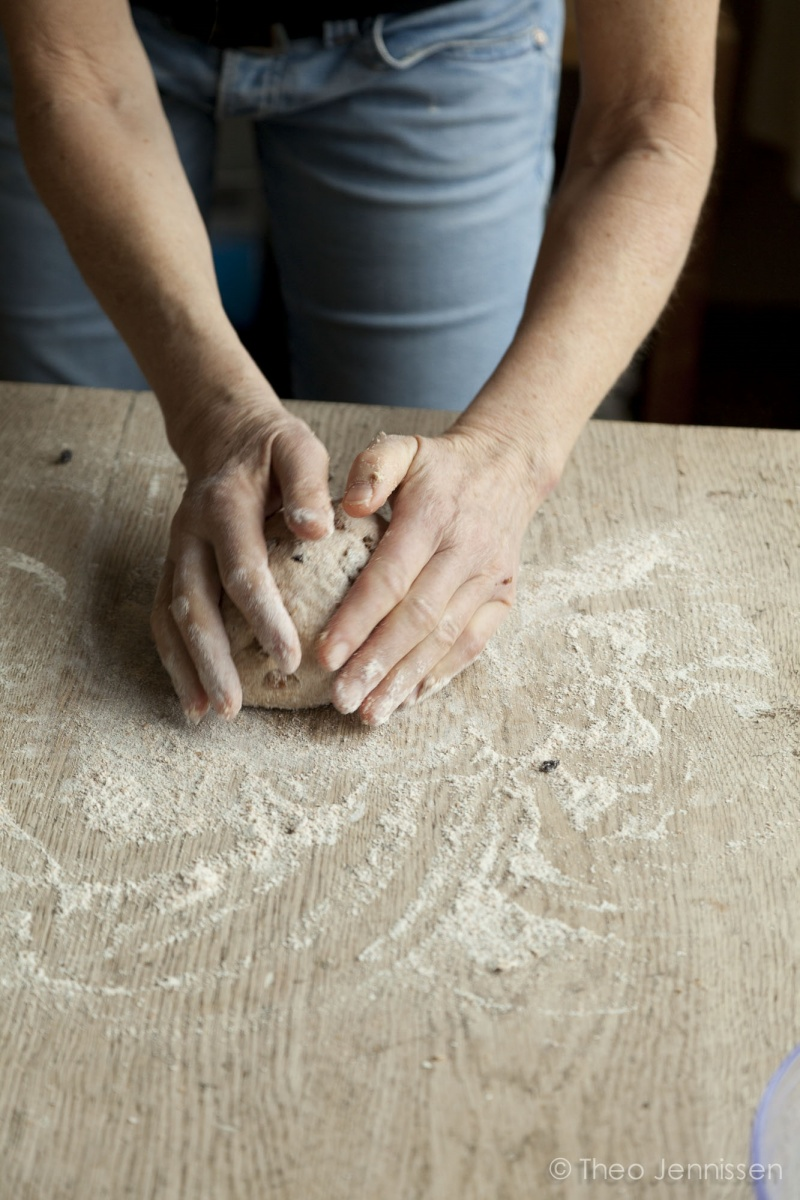 Voedwel, zuurdesembrood bakken