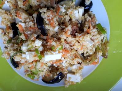 Gierst met aubergine