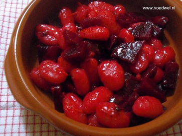-Rode bieten met gnocchi
